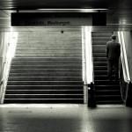 Der Mann auf der Rolltreppe