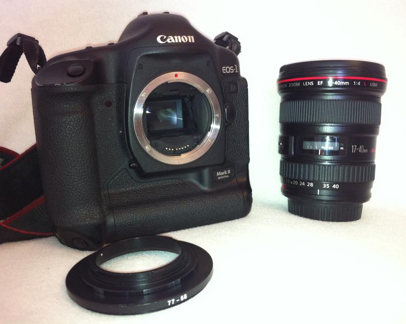 Canon 1D MkII mit Canon 17-40mm f/4 L USM und Umkehrring